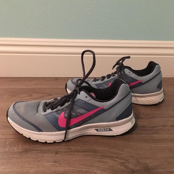 il 44% delle scarpe nike luce blu poshmark tennis